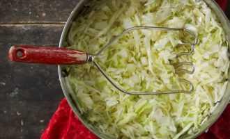Квашенная капуста в рассоле. 4 вкусных пошаговых рецепта