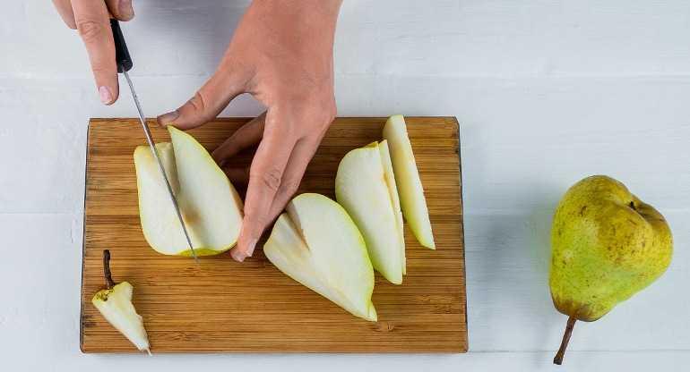 Можно ли замораживать грушу в морозильной камере