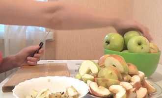 Можно ли замораживать яблоки в морозилке на зиму?
