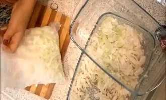 Можно ли хранить квашеную капусту в морозилке